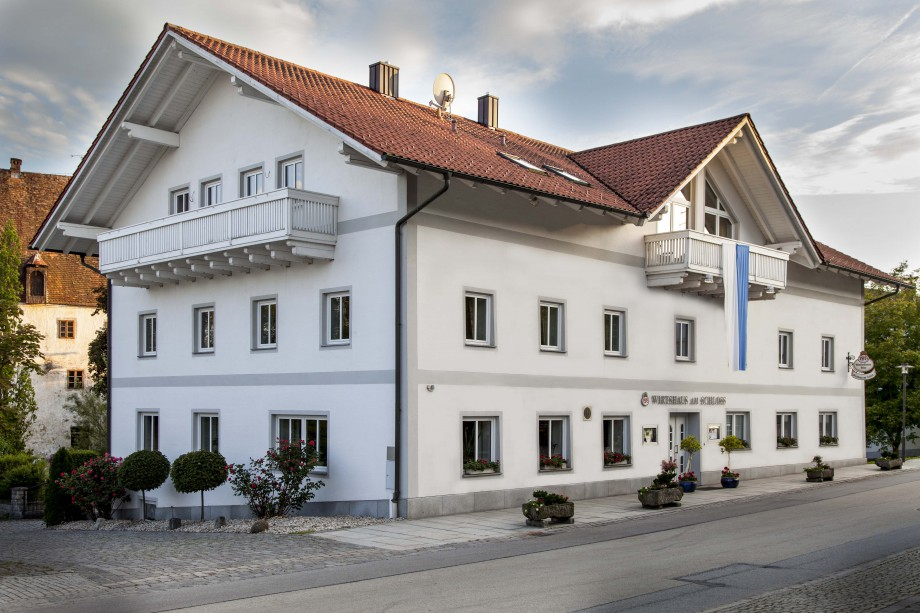 """Hotel """"Wirtshaus am Schloss"""" - Aicha vorm Wald - Impressum"""